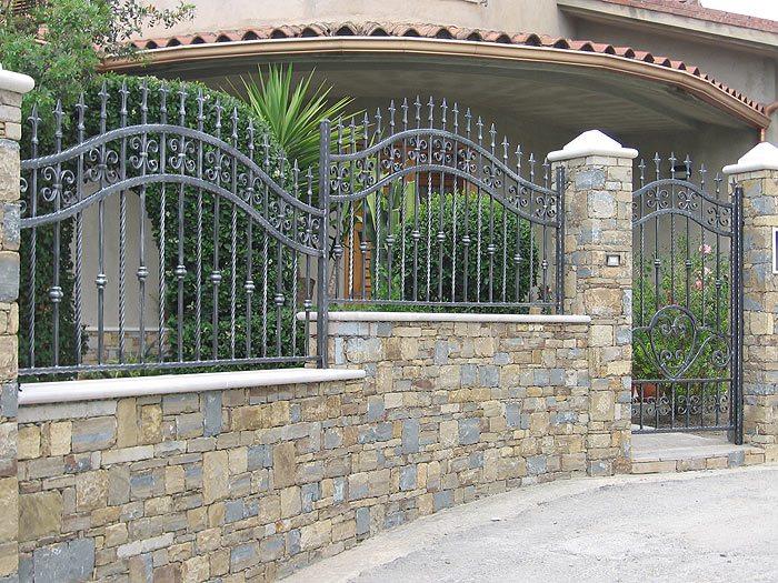 Cancello pedonale in ferro a roma nord for Corrimano in legno roma
